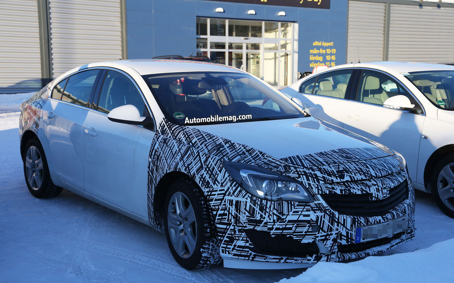 2014 Opel Insignia Test Mule Front Three Quarter 21
